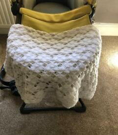 White hand knitted blanket