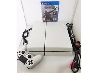 White PS4 500GB mint condition BOXED like new with a game !!! NO OFFERS!!!