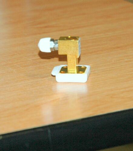 Anritsu 35WR28K waveguide to 3.5 mm (male) coaxial adapter