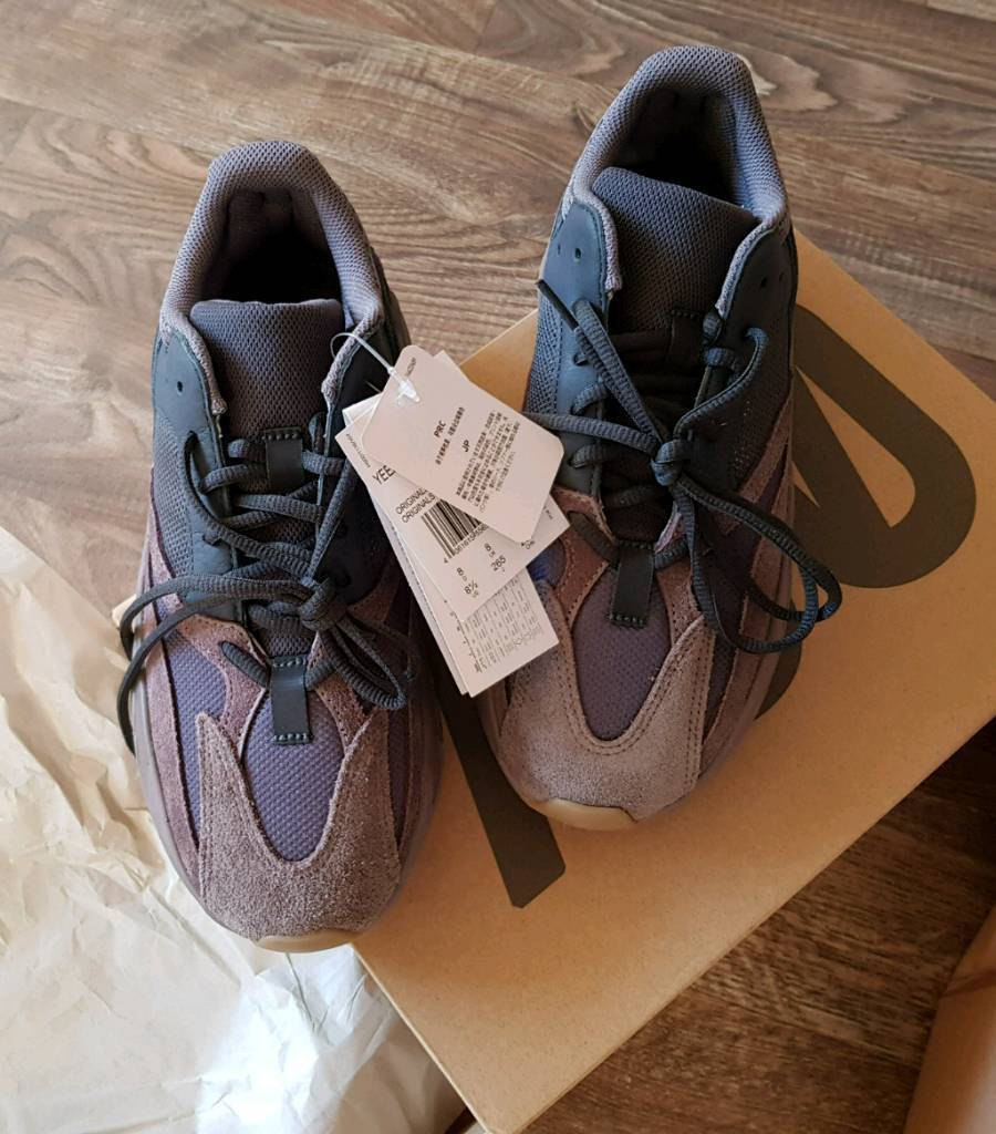Adidas Yeezy 700 'mauve' | in St Albans, Hertfordshire | Gumtree