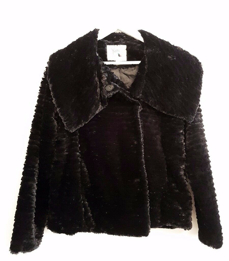 Yumi Short Faux Fur Women's Jacket, Size: UK10, EU38 *Brand New Without Tags