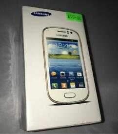 Brand New Sealed Samsung Galaxy Fame With Accessories Boxed Up