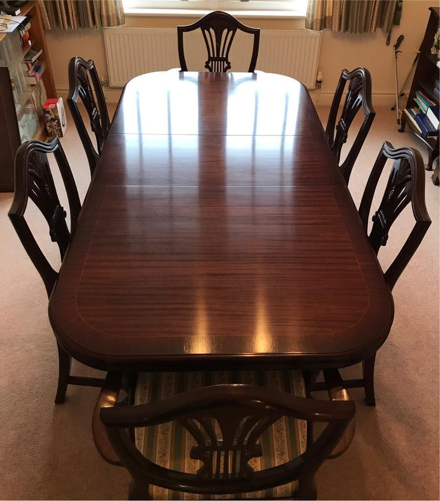 Waring and Gillow Mahogany Dining Table and 6 Chairs
