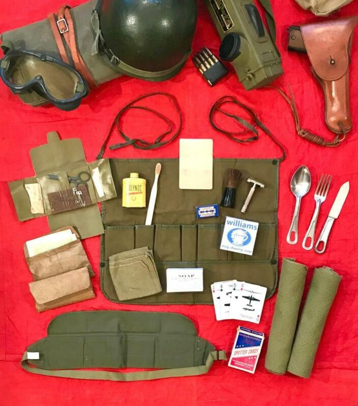 """WWII US ARMY SHAVING TOILETRY KIT (NOS) 1944 """"MINTY"""" WITH PERSONAL ITEMS"""