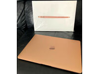 APPLE MACBOOK AIR 2020 - M1 CHIP - GOLD - HARDLY USED FULL SET