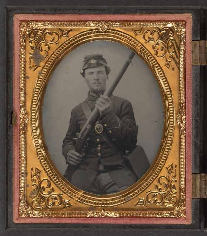 Photo Civil War Union Private Harker 120th Ohio Volunteers With Musket and Sack