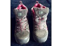 Ladies Walking Boots Size 6
