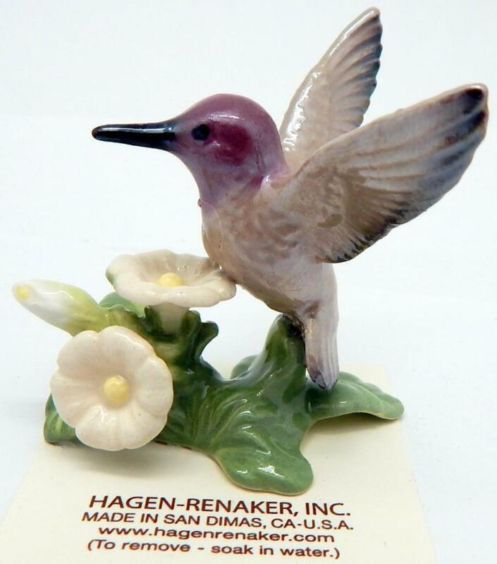Hagen Renaker Hummingbird W/Wildflowers #03178