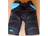 Obo yahoo Bored shorts Xl. Used in excellent condition