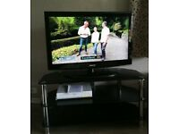 Samsung LE37A456C2D 42 inch (37 inch) LCD TV & Large Chrome & Glass Television Stand
