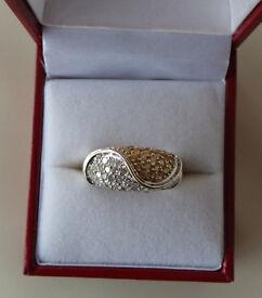 9CT DIAMOND DRESS RING, INSURANCE VALUE £1600.00