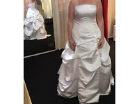 Wedding dress for sale brand new
