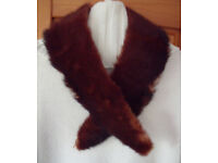 Womens vintage real fur collar. Silky backing. Hook & eye fastening. £4 ovno.