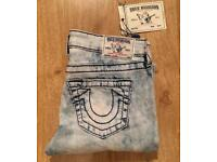 Brand new with tags. Women's True Religion Big T stitch, Legging fit Jeans. Waist 26. UK 8. RRP £240