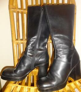 STEVE MADDEN $400 Platform Boots / 9B / NEARLY NEW / Block Heels / MADE IN ITALY / Black Leather / KISS AWESOME Designer