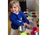 Do you want to teach young children but lack a qualification? This Montessori course could suit you!