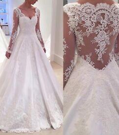 Lace wedding dress size 10