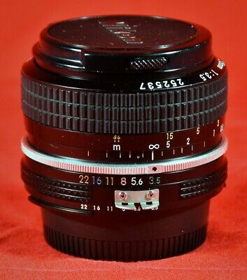 Nikon 28mm F/3.5 Nikon F-Mount AI Manual Focus Prime Lens - with Caps