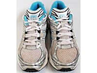 Women's Size 5 Asics Gel Radiance Trainers