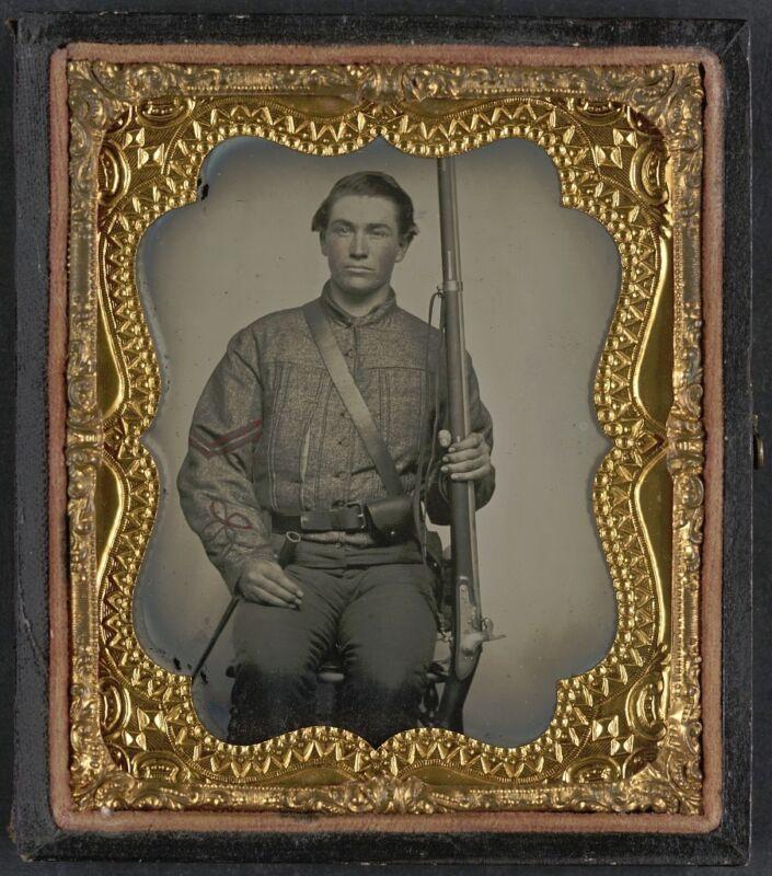Photo Civil War Confederate North Carolina Soldier Artillery Uniform With Musket
