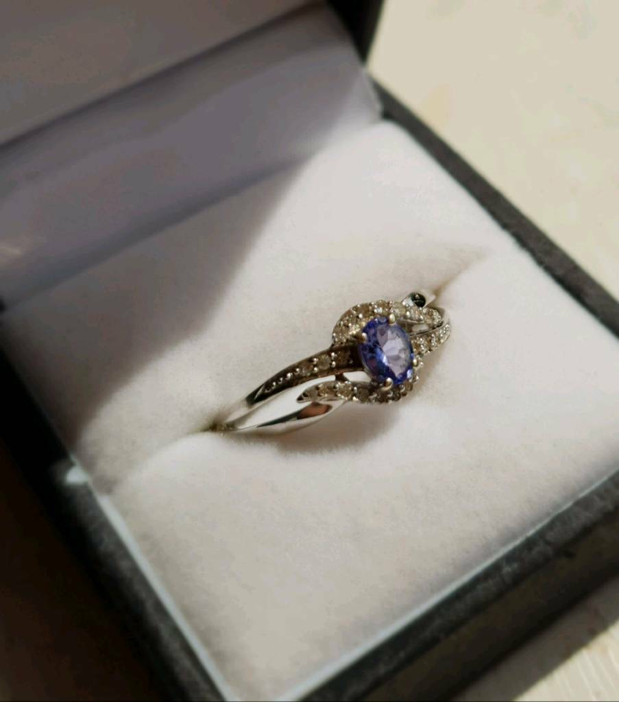 fancy tanzanite gold natural shape ring white pear stunning pin engagement real