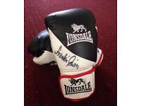 Frankie Gavin signed boxing gloves
