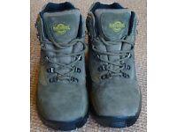 NORTHWEST Walking Boots