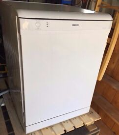 Beko Full Size Dishwasher Great Condition £60 Bargain got to go!