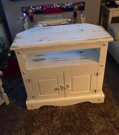 Beautiful shabby chi. Solid pine tv unit/stand/cabinet