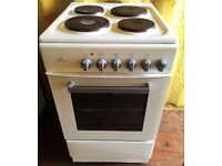 New World White 50cm freestanding electric cooker