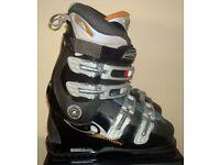 Ladies Salomon Performance Ski Boots size 5(38) mon 24.0