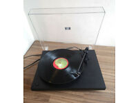 Project Debut II Belt Drive Turntable with Ortofon OMB 5E
