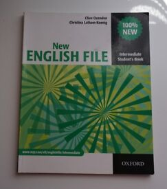 New English File: Intermediate: Student's Book by Clive Oxenden