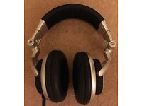 Sony MDR V700 Studio Monitor Headphones - Great Condition