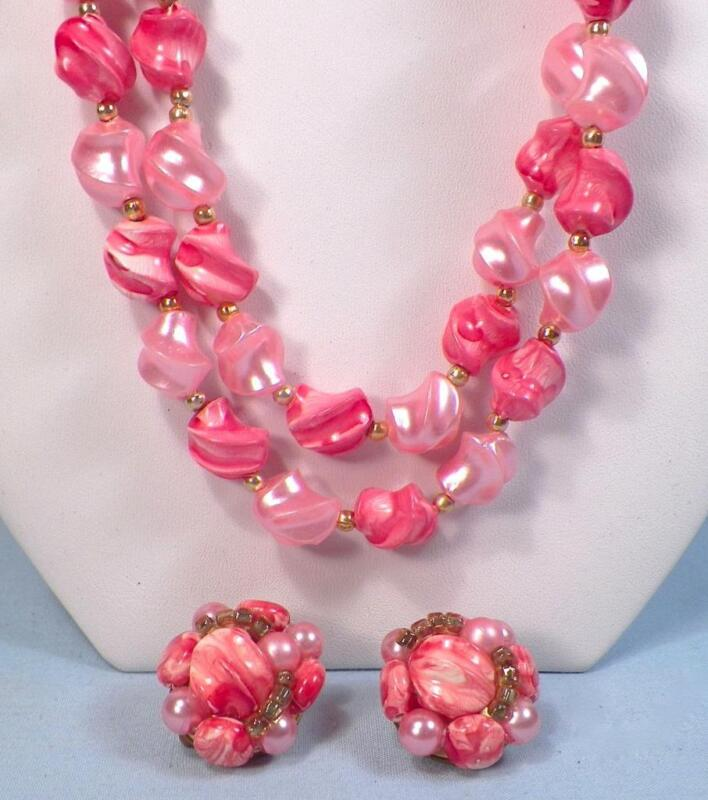 Coral & Pink Bead Necklace & Clip On Earrings 2 Strand Vintage Pretty #1