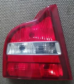 GENUINE VOLVO CAR S60 D5 2003 LEFT RIGHT REAR BACK BRAKE LIGHTS GLASS