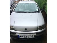 PUNTO - sold as spares or repairs as no MOT 2 owners (last 1 an OAP)