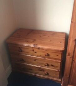 3 chest of drawers