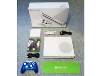 WHITE XBOX ONE S CONSOLE WITH CONTROLLER AND GAME