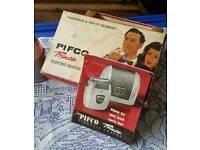 Vintage Pifco Prince electric shaver