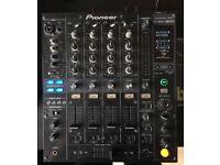 Pioneer DJM-800 4 digital inputs and digital output Mixer