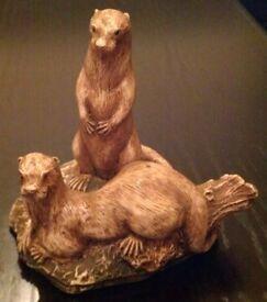 Arveci 'Geenty Range Otters' Figurine (unboxed)