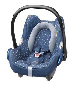 Maxi Cosi Cabriofix Car seat Newborn+ (Unique Denim Hearts)