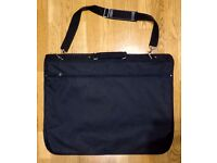 SUIT GARMENT CARRIER BAG, BLACK. VGC