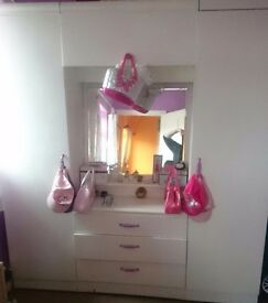 2x wardrobes for sale