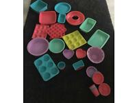 Silicone baking trays