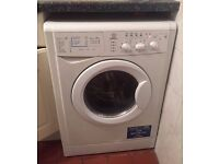 Indesit WIDXL126 washer dryer in great condition