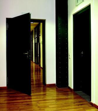 restposten t ren brandschutzt ren t30 t90 nebeneingangst ren tore in sachsen anhalt wolfen. Black Bedroom Furniture Sets. Home Design Ideas