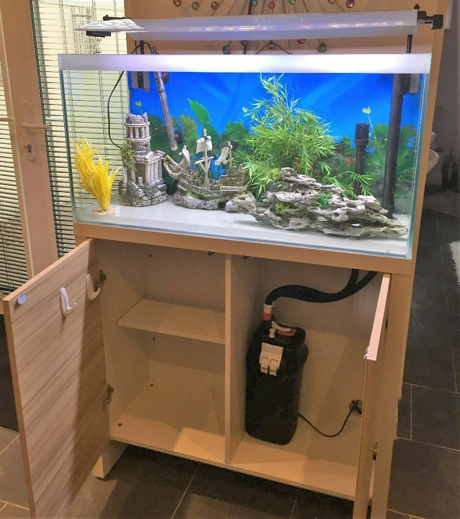 Aquarium and stand for Sale: Fluval Fresh Aquarium and Cabinet F90 ...
