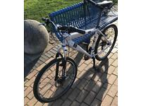 Diamondback mountain bike 17 inch with 26 inch wheels for sale or swap for iPhone 5